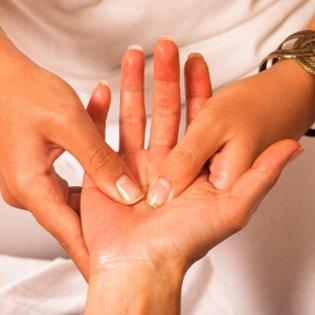 Masaż dłoni Ayurveda