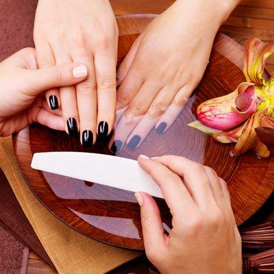 Zabieg Spa na dłonie z manicure